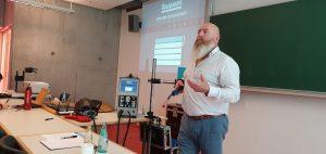Foto: Vortrag AR basiertes Training zur modernen Qualifizierung von Schweißfachkräften von Allan Gray